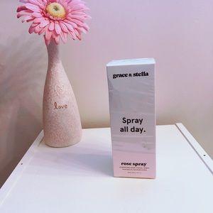 NWT Grace & Stella Spray all Day Rose Spray